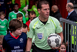 28-01-2018 NED: FC Utrecht - AFC Ajax, Utrecht<br /> Scheidsrechter Makkelie