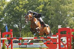 SZASZ Sandor, Luftikus Boy<br /> Youngster Tour 7j Finale<br /> München Riem Pferd International - 2011<br /> (c) www.sportfotos-Lafrentz. de/Stefan Lafrentz