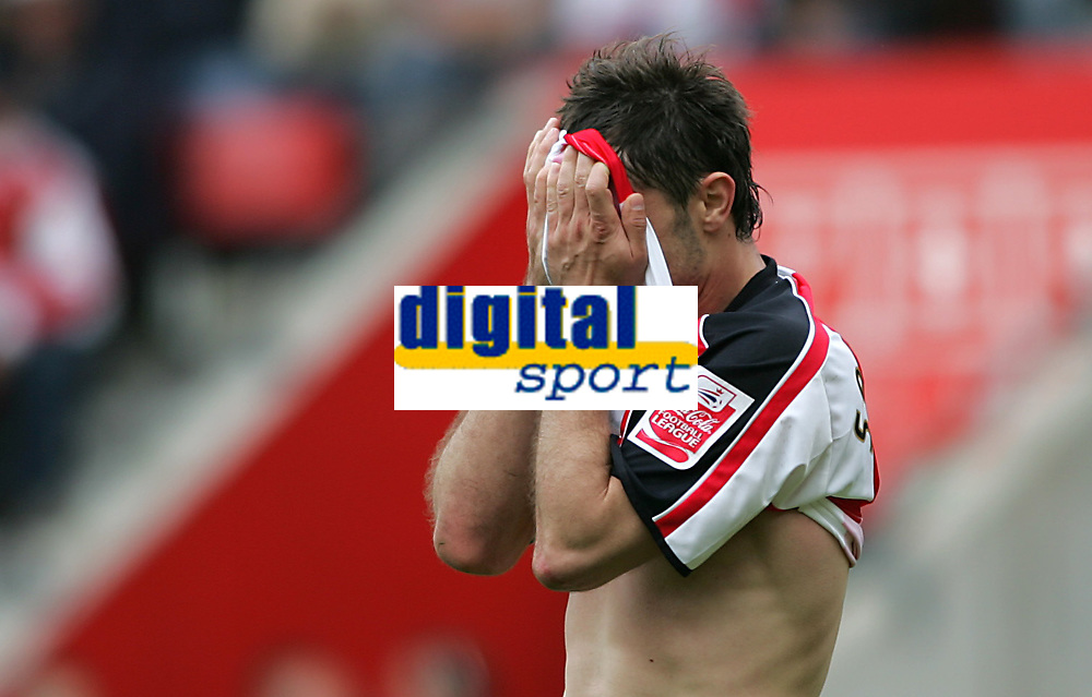 Photo: Lee Earle.<br /> Southampton v Derby County. Coca Cola Championship. Play Off Semi Final, 1st Leg. 12/05/2007.Southampton's Marek Saganowski looks dejected after going close on goal.