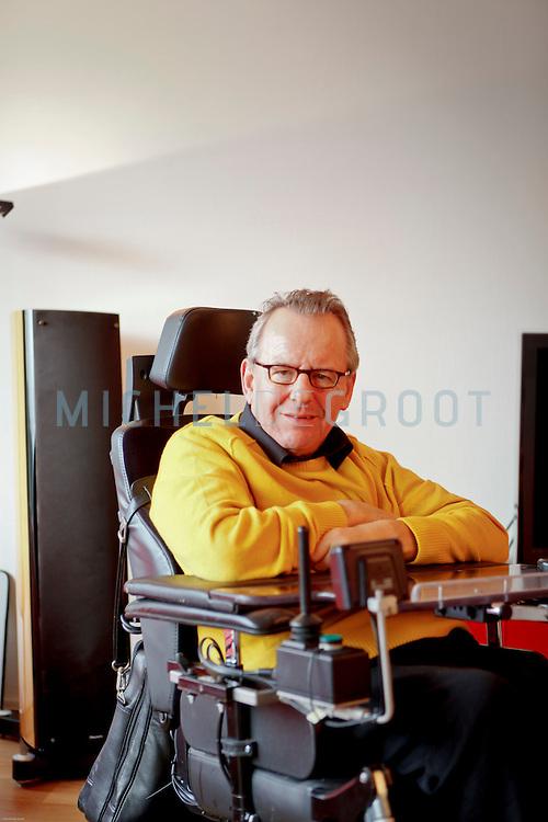 Erik Koopmans, bewoner van het Stadswiel (de Wielborgh) in Dordrecht.