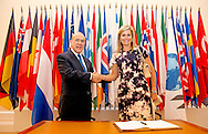 PARIS - Queen Máxima holds Wednesday 9 July, a speech at a meeting of the Organization for Economic Cooperation and Development (OECD) in Paris and meets Sectretary General Angel Gurria. COPYRIGHT ROBIN UTRECHT