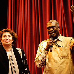 Introduction de William Mbaye par Carin Leclerq au theatre Moliere. Festival des cinemas Africains a Ixelles, près de Bruxelles. 3 mars 2009. Photo : Antoine Doyen