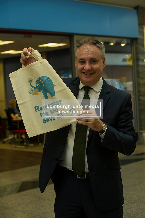 Environment minister Richard Lockhead launced a new public awareness campaign ahead of the introduction of a 5p charge for each single use carrier bag given to shoppers. Edinburgh,  25 September 2014 Ger Harley | StockPix.eu