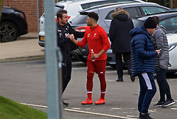 DERBY, ENGLAND - Friday, March 8, 2019: Liverpool's Alex Oxlade-Chamberlain shakes hands with Derby County manager Frank Lampard before the FA Premier League 2 Division 1 match between Derby County FC Under-23's and Liverpool FC Under-23's at the Derby County FC Training Centre. (Pic by David Rawcliffe/Propaganda)