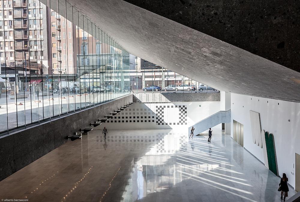 Milan, SDA Bocconi School of Management, Foyer Aula Magna