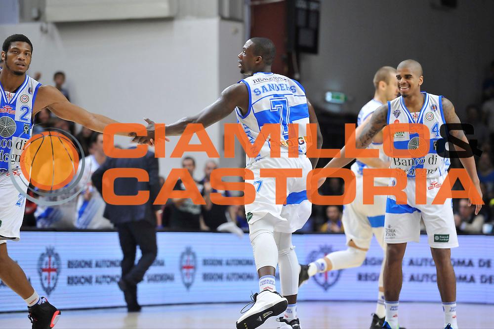 DESCRIZIONE : Campionato 2014/15 Dinamo Banco di Sardegna Sassari - Olimpia EA7 Emporio Armani Milano<br /> GIOCATORE : Rakim Sanders Jeff Brooks<br /> CATEGORIA : Fair Play<br /> SQUADRA : Dinamo Banco di Sardegna Sassari<br /> EVENTO : LegaBasket Serie A Beko 2014/2015<br /> GARA : Dinamo Banco di Sardegna Sassari - Olimpia EA7 Emporio Armani Milano<br /> DATA : 07/12/2014<br /> SPORT : Pallacanestro <br /> AUTORE : Agenzia Ciamillo-Castoria / Luigi Canu<br /> Galleria : LegaBasket Serie A Beko 2014/2015<br /> Fotonotizia : Campionato 2014/15 Dinamo Banco di Sardegna Sassari - Olimpia EA7 Emporio Armani Milano<br /> Predefinita :