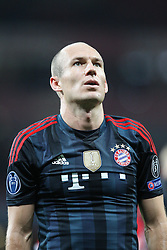 19.02.2014, Emirates Stadion, London, ENG, UEFA CL, FC Arsenal vs FC Bayern Muenchen, Achtelfinale, im Bild Arjen ROBBEN #10 (FC Bayern Muenchen) verabschiedet sich von den Fans // during the UEFA Champions League Round of 16 match between FC Arsenal and FC Bayern Munich at the Emirates Stadion in London, Great Britain on 2014/02/19. EXPA Pictures © 2014, PhotoCredit: EXPA/ Eibner-Pressefoto/ Kolbert<br /> <br /> *****ATTENTION - OUT of GER*****
