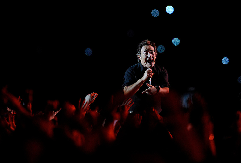 FEBRUARY 01: Musician Bruce Springsteen and the E Street Band perform at the Bridgestone halftime show during Super Bowl XLIII between the Arizona Cardinals and the Pittsburgh Steelers on February 1, 2009 at Raymond James Stadium in Tampa, Florida.(Photo by Rob Tringali) *** Local Caption *** Bruce Springsteen