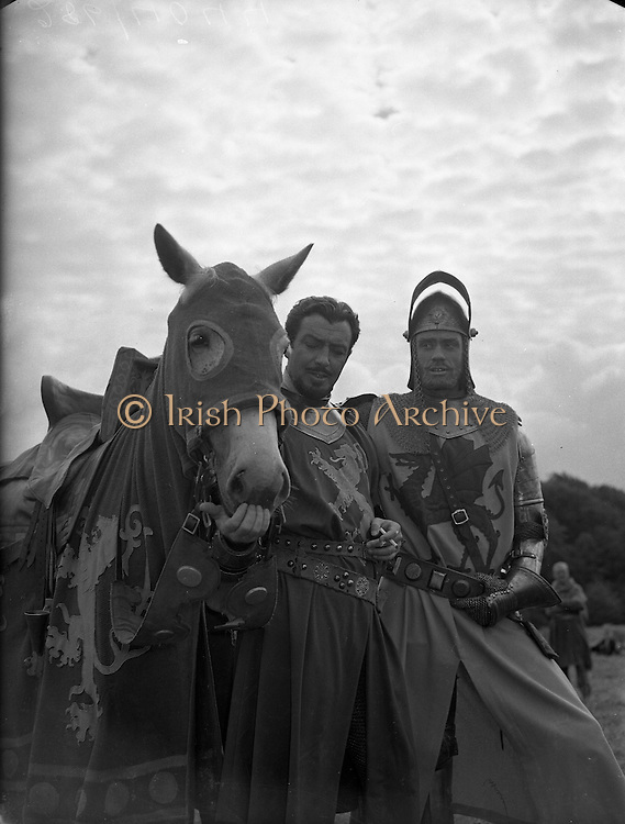 Film - 'The Knights of the Round Table' at Luttrellstown Castle, Castleknock, Co. Dublin.Robert Taylor (left) on set..25/08/1953