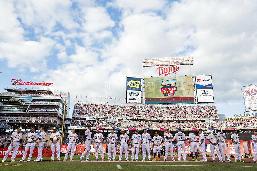 MINNEAPOLIS, MN- JULY 15: The American League All-Stars are introduced during the 85th MLB All-Star Game at Target Field on July 15, 2014 in Minneapolis, Minnesota. (Photo by Brace Hemmelgarn) *** Local Caption ***