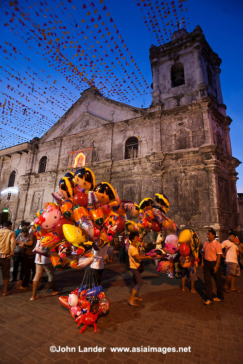 The convent of the Sto. Niño de Cebu was founded by Fr. Andres de Urdaneta in 1565, the very day the Legazpi expedition arrived in the island. When Legaspi and his men planned the urbanization of the city, they allotted a place for the church and the convent of San Agustin where the Santo Niño image had been found. The church has always been the Sanctuary of the Sto. Niño, under the custody of the Augustinians.