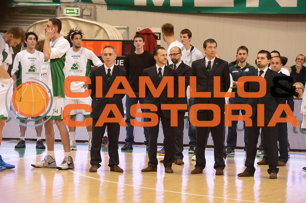 DESCRIZIONE : Siena Lega A 2012-13 Montepaschi Siena EA7 Emporio Armani Milano<br /> GIOCATORE : Magro Menghetti Banchi Crespi<br /> CATEGORIA : curiosita pre game<br /> SQUADRA : Montepaschi Siena<br /> EVENTO : Campionato Lega A 2012-2013 <br /> GARA : Montepaschi Siena EA7 Emporio Armani Milano<br /> DATA : 05/11/2012<br /> SPORT : Pallacanestro <br /> AUTORE : Agenzia Ciamillo-Castoria/GiulioCiamillo<br /> Galleria : Lega Basket A 2012-2013  <br /> Fotonotizia :  Siena Lega A 2012-13 Montepaschi Siena EA7 Emporio Armani Milano<br /> Predefinita :
