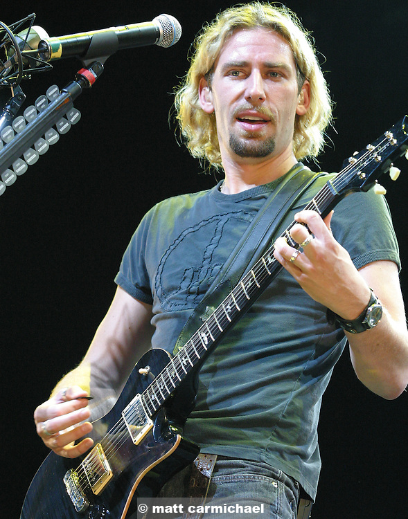 TINLEY PARK, IL - July 10: Nickelback perform with 3 Doors Down on the 2004 Summer Rock Tour at the Tweeter Center Chicago. (Photo by Matt Carmichael)