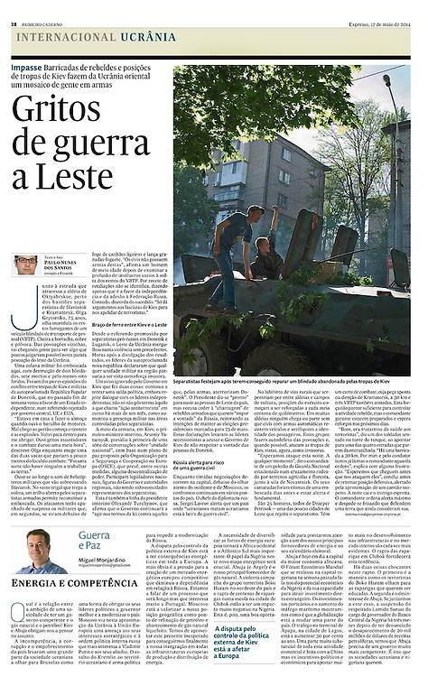 "Tearsheet of ""Ukraine: Signs of War at East"" published in Expresso"