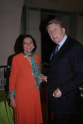 Judith Price and Ashton Hawkins. Masterpieces of American Jewelry at the Gilbert Collection. Somerset House. 14 February 2005. ONE TIME USE ONLY - DO NOT ARCHIVE  © Copyright Photograph by Dafydd Jones 66 Stockwell Park Rd. London SW9 0DA Tel 020 7733 0108 www.dafjones.com