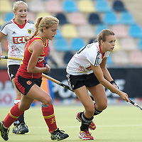 MONCHENGLADBACH - Junior World Cup<br /> Pool D: Germany - Spain<br /> photo: Anne Schroeder (white).<br /> COPYRIGHT  FFU PRESS AGENCY/ FRANK UIJLENBROEK