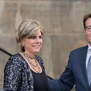 NLD/Amsterdam/20151202 - Koninklijke Familie bij uitreiking Prins Claus Prijs 2015, aankomst Prinses Laurentien en prins Constantijn
