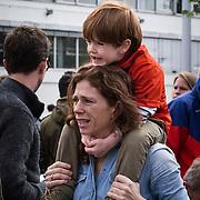 NLD/Amsterdam/20140504 - Dodenherdenking 2014 Olympisch Stadion, Barbara Barend en zoon Sebastiaan