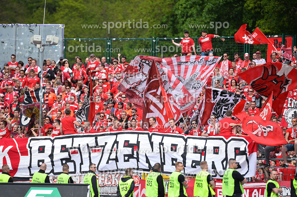 17.05.2015, Sparkassen Erzgebirgsstadion, Aue, GER, 2. FBL, FC Erzgebirge Aue vs 1. FC Kaiserslautern, 33. Runde, im Bild Fans des 1. FC Kaiserslautern // during the 2nd German Bundesliga 33th round match between FC Erzgebirge Aue and 1. FC Kaiserslautern at the Sparkassen Erzgebirgsstadion in Aue, Germany on 2015/05/17. EXPA Pictures &copy; 2015, PhotoCredit: EXPA/ Eibner-Pressefoto/ Harzer<br /> <br /> *****ATTENTION - OUT of GER*****