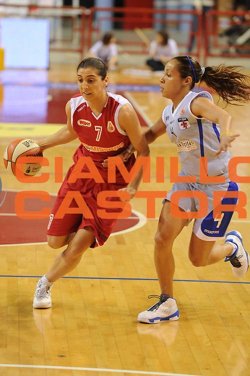 DESCRIZIONE : Perugia Lega A1 Femminile 2010-11 Coppa Italia Semifinale Officine Digitali Faenza Famila Schio<br /> GIOCATORE : Liron Cohen<br /> SQUADRA : Famila Schio<br /> EVENTO : Campionato Lega A1 Femminile 2010-2011 <br /> GARA : Officine Digitali Faenza Famila Schio<br /> DATA : 12/03/2011 <br /> CATEGORIA : palleggio<br /> SPORT : Pallacanestro <br /> AUTORE : Agenzia Ciamillo-Castoria/M.Marchi<br /> Galleria : Lega Basket Femminile 2010-2011 <br /> Fotonotizia : Perugia Lega A1 Femminile 2010-11 Coppa Italia Semifinale Officine Digitali Faenza Famila Schio<br /> Predefinita :