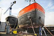 Nederland, Millingen, 25-3-2010Een Lasser op een scheepswerf voor binnenschepen vervangt delen van de boeg van een tankschip.Foto: Flip Franssen/Hollandse Hoogte
