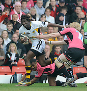 Watford, GREAT BRITAIN, Wasps' Paul SACKEY breaking through on the wing, going for the gap on the ground left Kameli RATOVOU and right Don BARRELL, during the Guinness Premiership game, Saracens vs London Wasps. 20.04.2008 [Mandatory Credit Peter Spurrier/Intersport Images]