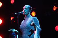 Jorja Smith performing