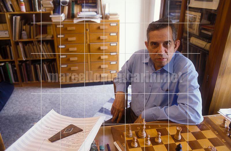 Rome, 1988. Italian composer Aldo Clementi in his house / Roma, 1988. Il compositore Aldo Clementi nella sua casa - © Marcello Mencarini