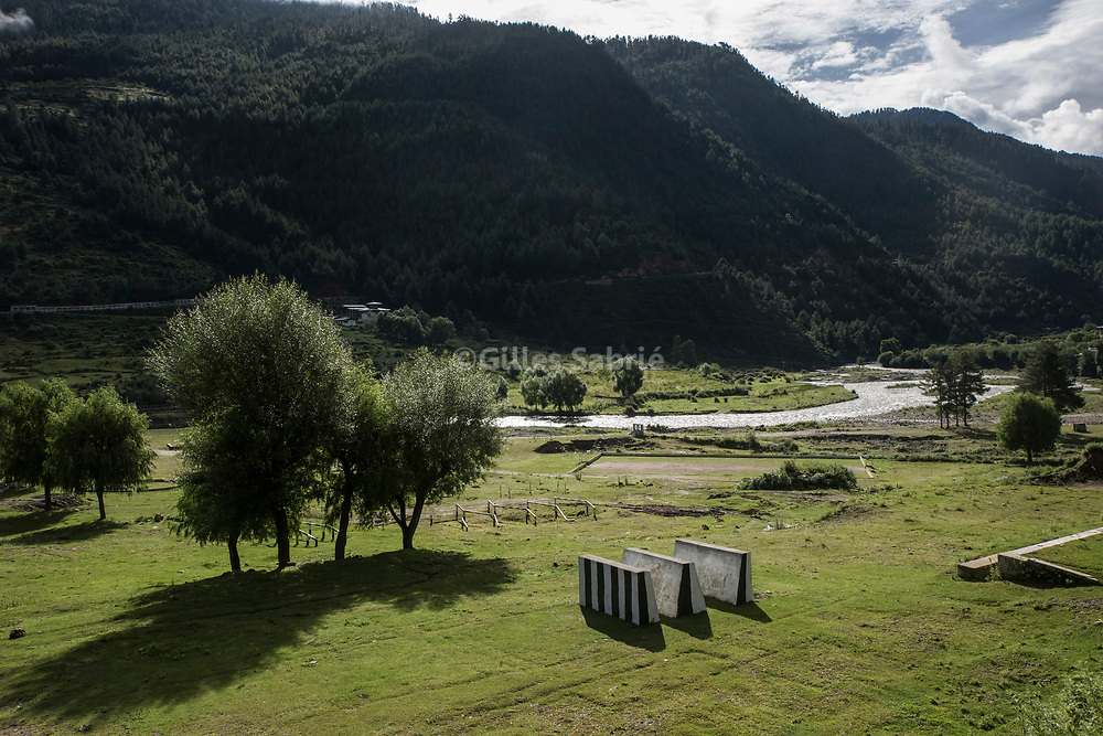 For a story by Steven Lee Myers, Bhutan<br /> Haa, Bhutan, August 3rd, 2017<br /> A training ground for a Bhutanese army military school in Haa, the nearest town before the Doka La crossing a disputed border area between Bhutan and China, at the center of heated tension between the latter and India. <br /> Gilles Sabri&eacute; pour The New York Times