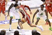 DESCRIZIONE : Milano Lega A 2013-14 EA7 Emporio Armani Milano vs Montepaschi Siena playoff Finale gara 5<br /> GIOCATORE : Daniel Hackett<br /> CATEGORIA : Palleggio Penetrazione Sequenza<br /> SQUADRA : EA7 Emporio Armani Milano<br /> EVENTO : Finale gara 5 playoff<br /> GARA : EA7 Emporio Armani Milano vs Montepaschi Siena playoff Finale gara 5<br /> DATA : 23/06/2014<br /> SPORT : Pallacanestro <br /> AUTORE : Agenzia Ciamillo-Castoria/GiulioCiamillo<br /> Galleria : Lega Basket A 2013-2014  <br /> Fotonotizia : Milano Lega A 2013-14 EA7 Emporio Armani Milano vs Montepaschi Siena playoff Finale gara 5<br /> Predefinita :