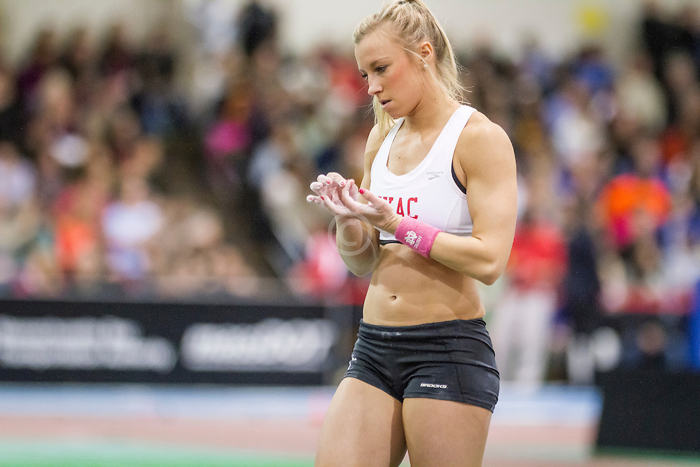 New Balance Indoor Grand Prix Track, womens pole vault, Mary Saxer
