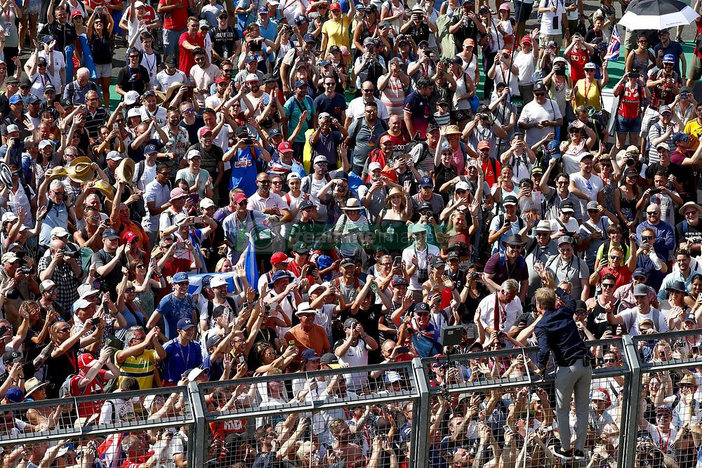July 8, 2018 - Silverstone, Great Britain - Motorsports: FIA Formula One World Championship 2018, Grand Prix of Great Britain, .Fans  (Credit Image: © Hoch Zwei via ZUMA Wire)