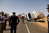 truck . accident on the road to  Ourzazate   - Moroco   ///  un camion renverse. accident sur la route Ouarzazate   - Maroc  ///  MAROC0002