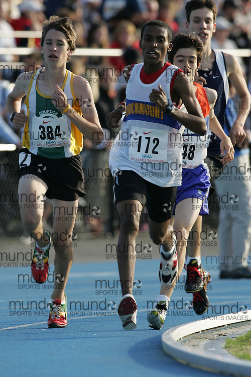 Merid Seleshi competing in the 1500m qualifying rounds at the 2007 OFSAA Ontario High School Track and Field Championships in Ottawa.