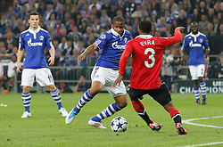 26.04.2011, Veltins Arena, Gelsenkirchen, GER, UEFA CL, Halbfinale Hinspiel, Schalke 04 (GER) vsManchester United (ENG), im Bild Jefferson Farfán / Farfan  (Schalke PE R #17) vs Patrice Evra (Manchester #3), links ist Alexander Baumjohann (Schalke GER #11) // during the UEFA CL, Semi Final first leg, Schalke 04 (GER) vs Manchester United (ENG), at the Veltins Arena, Gelsenkirchen,  26/04/2011EXPA Pictures © 2011, PhotoCredit: EXPA/ nph/  Scholz       ****** out of GER / SWE / CRO  / BEL ******