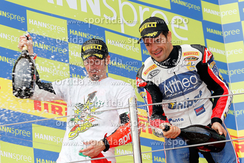 26.09.2010, Circuit Enzo & Dino Ferrari, Imola, ITA, Superbike WM, Imola, im Bild Carlos Checa - Althea Racing and Max Biaggi - Aprilia Alitalia racing, EXPA Pictures © 2010, PhotoCredit: EXPA/ InsideFoto/ *** ATTENTION *** FOR AUSTRIA AND SLOVENIA USE ONLY!