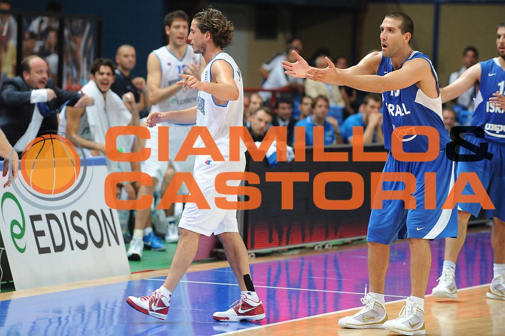 DESCRIZIONE : Bari Qualificazioni Europei 2011 Italia Israele<br /> GIOCATORE : Tal Burstein<br /> SQUADRA : Israele<br /> EVENTO : Qualificazioni Europei 2011<br /> GARA : Italia Israele<br /> DATA : 02/08/2010 <br /> CATEGORIA : delusione ritratto<br /> SPORT : Pallacanestro <br /> AUTORE : Agenzia Ciamillo-Castoria/GiulioCiamillo<br /> Galleria : Fip Nazionali 2010 <br /> Fotonotizia : Bari Qualificazioni Europei 2011 Italia Israele<br /> Predefinita :