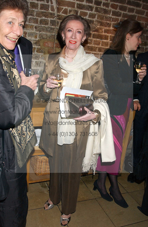 MARGARET BECKETT MP at the annual Parliamentary Palace of Varieties in aid of Macmillan Cancer Relief at St.Johns, Smith Square, London on 2nd February 2006. <br />