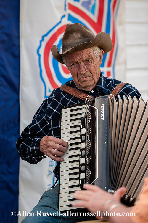 Old Time Fiddlers Picnic, Livingston, Montana, John Hoiland, accordion, musicians