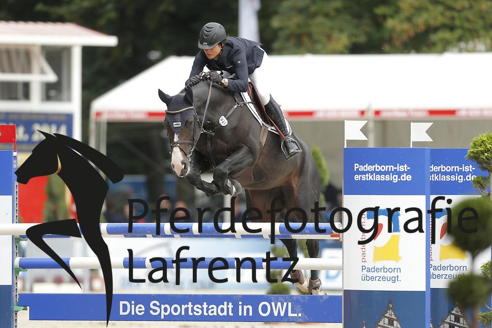 Eckermann, Katrin, Que Sera<br /> Paderborn - Paderborn Challenge 2014<br /> Eröffnungsspringen<br /> © www.sportfotos-lafrentz.de/ Stefan Lafrentz