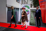 Prinses Beatrix van Nederland opent het nieuwe Somalische kantoor in Amsterdam, 22 september 2017. Simavi realiseert structurele verbetering van de gezondheidstoestanden van mensen in gemarginaliseerde gemeenschappen in Afrika en Azië. Princess Beatrix of The Netherlands opens the new Somali office in Amsterdam, The Netherlands, 22 September 2017. Simavi realises structural improvement to the health conditions of people in marginalised communities in Africa and Asia. copyright robin. utrecht /julia brabander