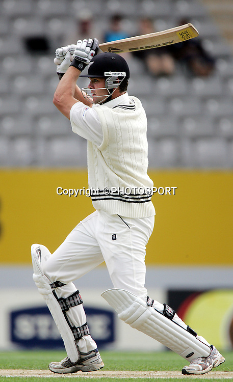 James Franklin hits out on day 3 of the first cricket test between New Zealand and the West Indies at Eden Park, Auckland, Saturday 11 March, 2006. Photo: Andrew Cornaga/PHOTOSPORT<br />