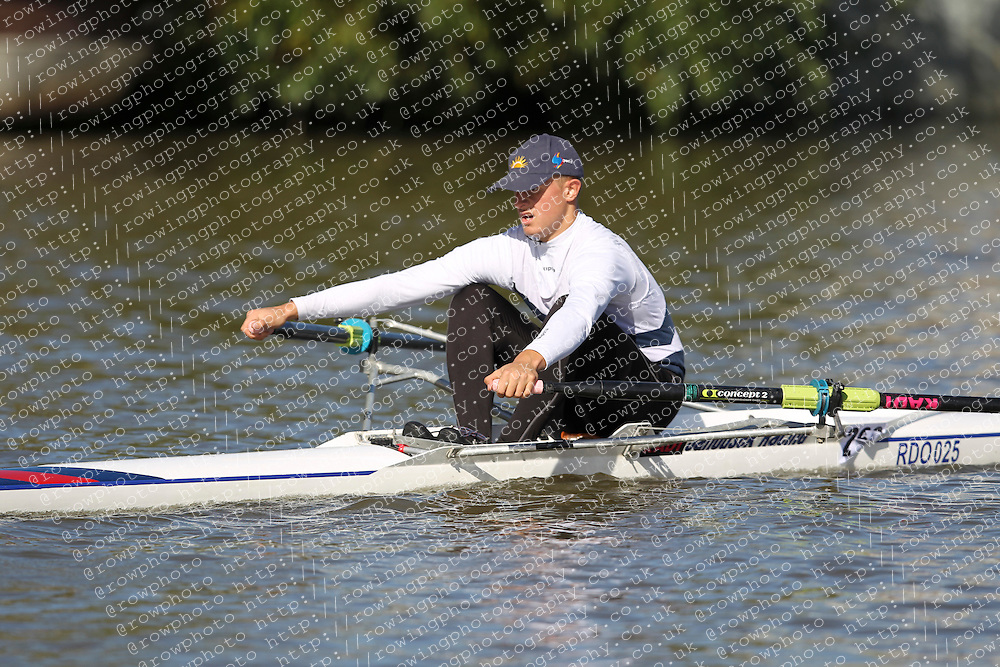 29.09.2012. Wallingford Long Distance Sculls 2012, The River Thames. Division 1. J15A 1x. Globe Rowing Club.