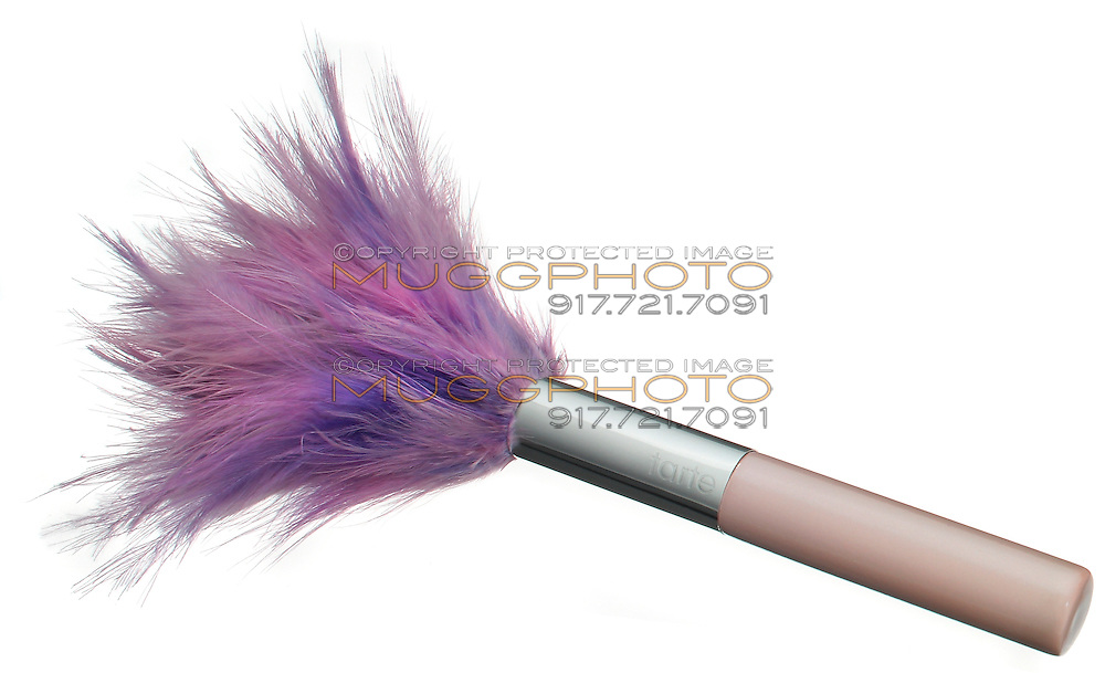 tarte feather makeup brush