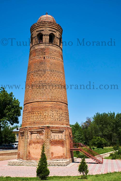 Kirghizistan, province de Jalal Abad, ville d'Uzgen, minaret Ozgon en brique du 13e siècle // Kyrgyzstan, Jalal Abad, Uzgen city, Uzgon minaret of the 13th century