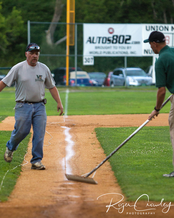 The Vermont Mountaineers defeated the North Adams SteepleCats 4-1 in the first game of the first round of the 2013 NECBL playoffs in Montpelier.