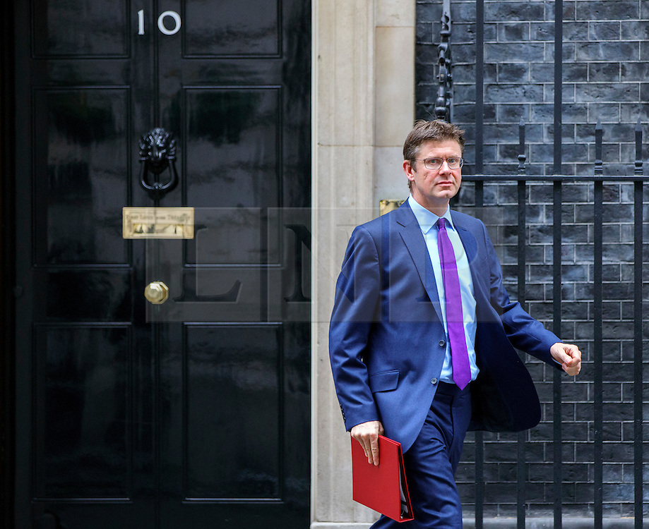 © Licensed to London News Pictures. 15/11/2016. London, UK. Business Secretary GREG CLARK attends a cabinet meeting in Downing Street on Tuesday, 15 November 2016. Photo credit: Tolga Akmen/LNP