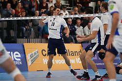 20181103 NED: Eredivisie, Sliedrecht Sport - Abiant Lycurgus: Sliedrecht<br />Gerard Baan (10) of Sliedrecht Sport, Michael van Leeuwe (4) of Sliedrecht Sport<br />©2018-FotoHoogendoorn.nl / Pim Waslander