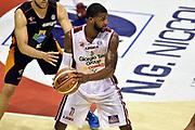 DESCRIZIONE : Pistoia Lega A 2014-2015 Giorgio Tesi Group Pistoia Acea Roma<br /> GIOCATORE : Landon Milbourne<br /> CATEGORIA : tecnica<br /> SQUADRA : Giorgio Tesi Group Pistoia<br /> EVENTO : Campionato Lega A 2014-2015<br /> GARA : Giorgio Tesi Group Pistoia Acea Roma<br /> DATA : 30/11/2014<br /> SPORT : Pallacanestro<br /> AUTORE : Agenzia Ciamillo-Castoria/GiulioCiamillo<br /> GALLERIA : Lega Basket A 2014-2015<br /> FOTONOTIZIA : Pistoia Lega A 2014-2015 Giorgio Tesi Group Pistoia Acea Roma<br /> PREDEFINITA :