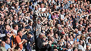 Newcastle United fans stay and applaud the team and manager Rafa Benitez after the Barclays Premier League match at St. James's Park, Newcastle<br /> Picture by Simon Moore/Focus Images Ltd 07807 671782<br /> 15/05/2016